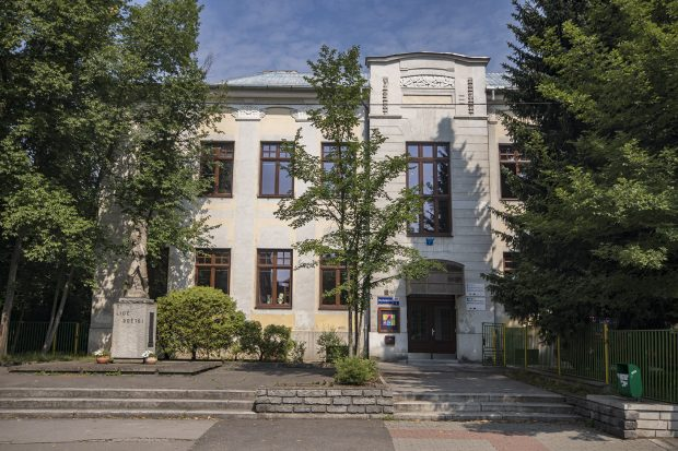 Umělecká škola v Ostravě Zábřehu vchod